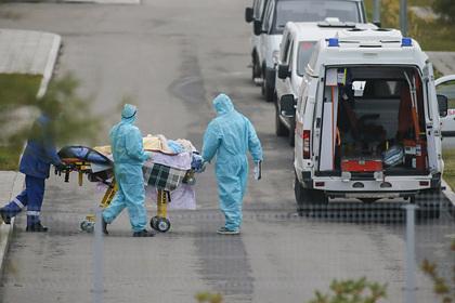Доктор Мясников спрогнозировал новый пик эпидемии коронавируса