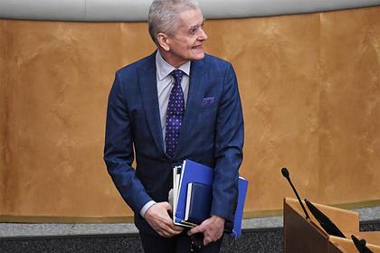 Онищенко оценил возможный запрет на продажу алкоголя 1 и 2 января