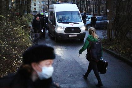 Петербуржец объяснил таблетками и алкоголем захват в заложники шестерых детей