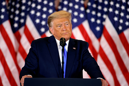 Трамп помиловал бывшего советника по делу о сговоре с Россией