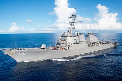 В Германии раскритиковали заход эсминца США в российские воды