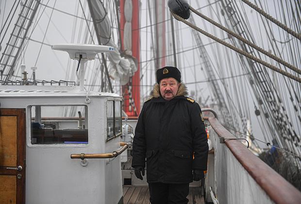 Капитан «Седова» Виктор Николин