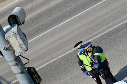 ГИБДД уточнила правила наказания за разговоры по мобильному за рулем