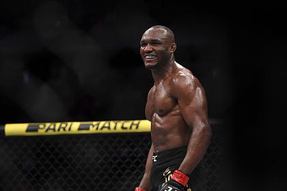 Чемпион UFC побывал в гостях у Кадырова и возмутил американцев
