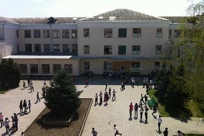 Российский учитель открыл стрельбу из-за нападения девятиклассника