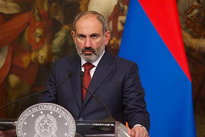 Пашинян обвинил противников в попытках перенести войну в Армению
