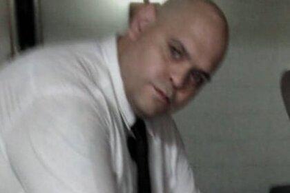 Сфотографировавшийся с телом Марадоны работник похоронного бюро раскаялся