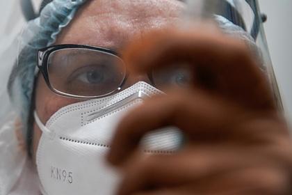 Разработчик назвал сроки поступления вакцины «ЭпиВакКорона» в гражданский оборот