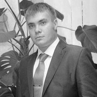 Михаил Захаров