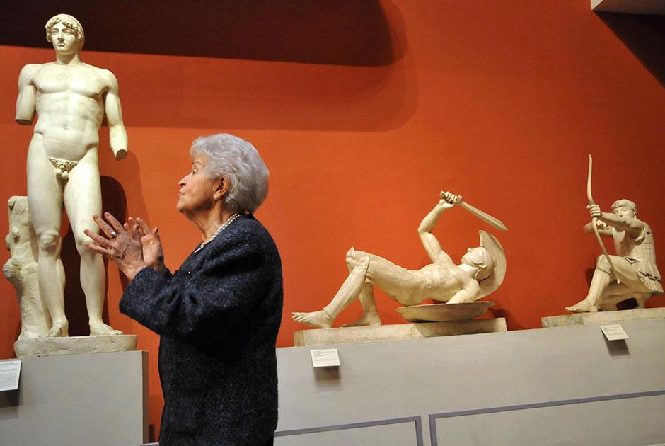 Ирина Антонова на церемонии открытии выставки «Уильям Блейк и британские визионеры», 2011 год.