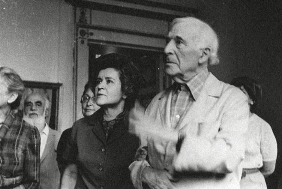 Ирина Антонова и художник Марк Шагал в Пушкинском музее, 1973 год.
