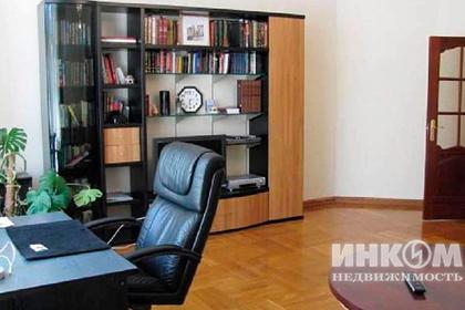 Москвич захотел сдать свою квартиру за полмиллиона рублей в месяц