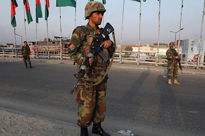Автомобиль российского посольства подорвался на взрывном устройстве в Кабуле