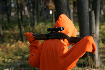 Охотник принял лесоруба за оленя и застрелил его