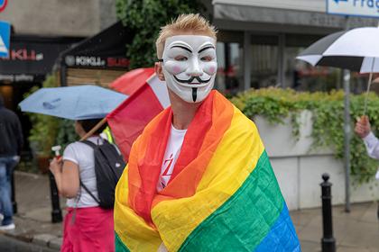 Самые консервативные политики Европы оказались завсегдатаями гей-вечеринок