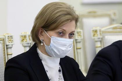 Попова рассказала о «хозяйском» поведении коронавируса