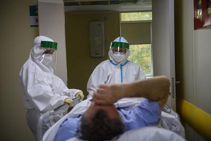 В России за сутки коронавирус обнаружен у 27,4 тысячи человек