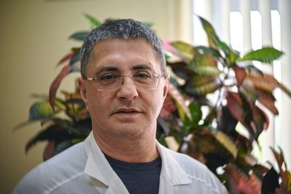 Доктор Мясников сравнил существующие тесты на коронавирус