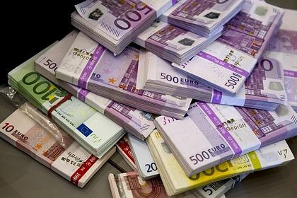 Пенсионерка завещала соседям шесть миллионов евро