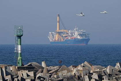 Способное достроить «Северный поток-2» судно приблизилось к месту работ