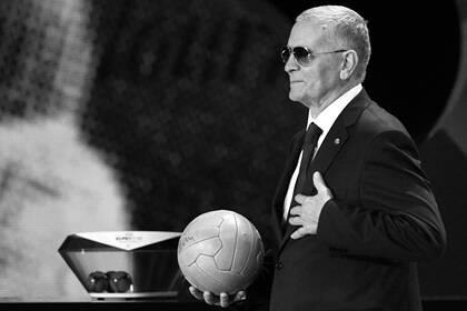 Умер чемпион Европы по футболу Понедельник