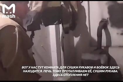 Российские чиновники подарили замерзающим пожарным гнилые дрова