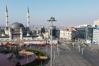 В Турции выявили рекордное число смертей среди зараженных COVID-19