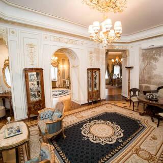 Россияне высмеяли квартиру за 750 миллионов рублей
