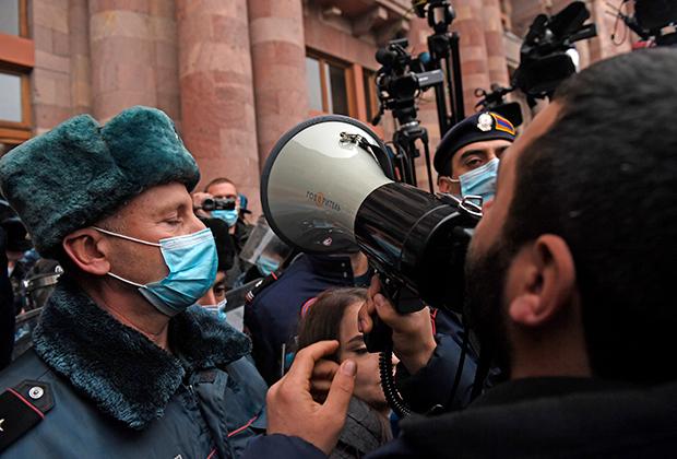 Антиправительственный протест в Ереване
