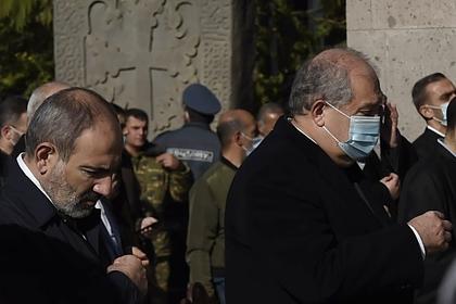 Глава Армении на фоне протестов встретился с кандидатом в премьеры от оппозиции