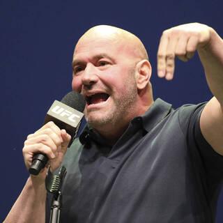 Глава UFC отреагировал на желание блогера подраться с Макгрегором
