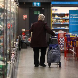 Британские магазины запаслись продуктами в ожидании дефицита