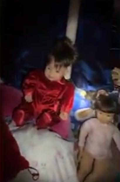 Тайная комната с куклами