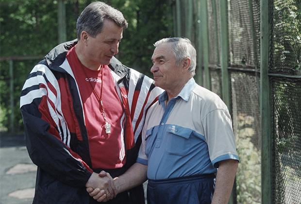 Виктор Якушев (справа), 1998 год