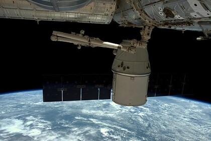 В «Роскосмосе» предложили запускать спутники из пушки