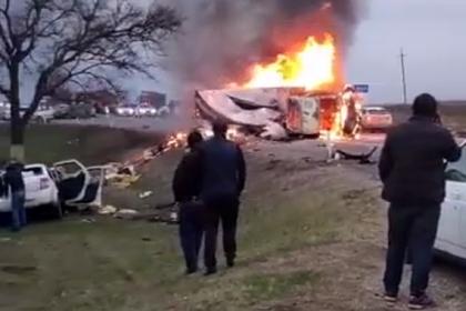 Мощный взрыв грузовика на российской трассе сняли на видео