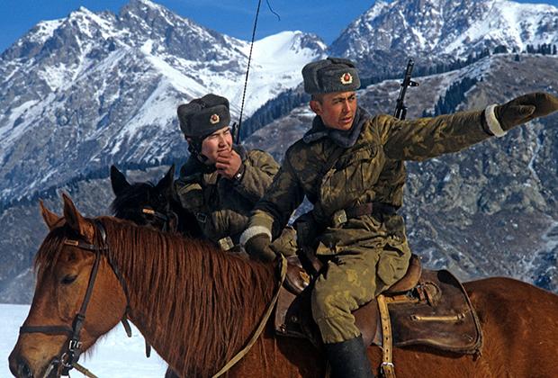 1984 год, пограничная застава Хоргос на советско-китайской границе, Казахстан