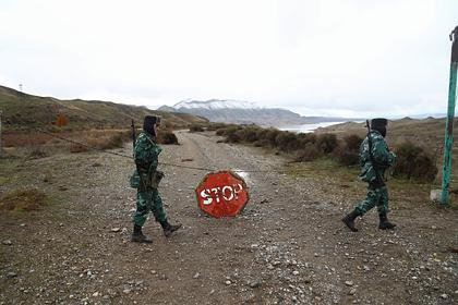 Азербайджан объявил о закрытии границы с Россией