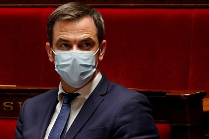 Во Франции допустили проникновение новой мутации коронавируса в страну