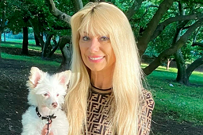 Женщина потратила на подарки собаке больше миллиона рублей