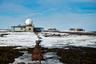 В Арктике же среди главных проблем выделяют изменение климата и таяние льдов, загрязнение вод стоками нефти и химических соединений, а также сокращение популяции животных и трансформация их среды обитания. Этот регион является климатообразующим, и все, что там происходит, напрямую связано с глобальными переменами. <br></br> Так или иначе, даже не самому заядлому путешественнику полезно оказаться вдали от цивилизации и почувствовать себя первооткрывателем. При этом важно отдавать отчет своим действиям и помнить о цене жизни— своей личной и глобальной природной.