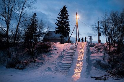 Восьмилетняя россиянка погибла во время катания на горке