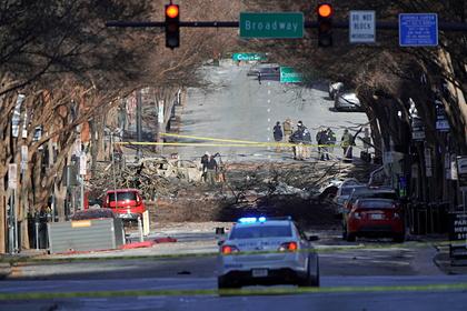 Взорвавшего фургон в США бомбиста заподозрили в 5G-паранойе