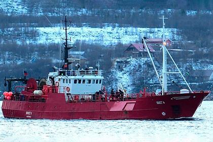 Стало известно об одном погибшем после затопления судна в Баренцевом море