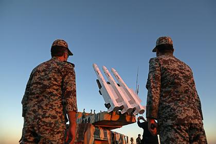 Иран перебросил оружие и военных в Ирак на фоне конфликта с США