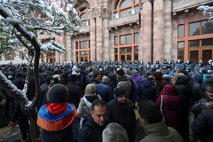 В армянской оппозиции оценили возможность внеочередных выборов