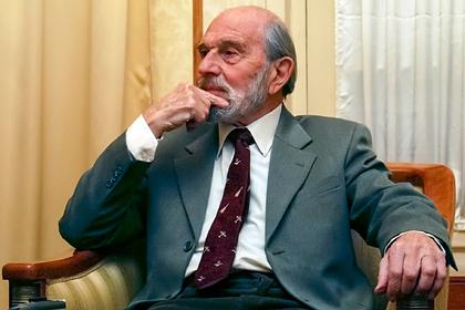 Как офицер MI6 Джордж Блейк передал СССР военные секреты НАТО и стал легендой советской разведки