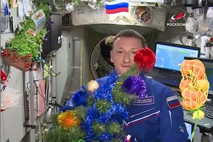Космонавты на МКС остались без новогодних подарков