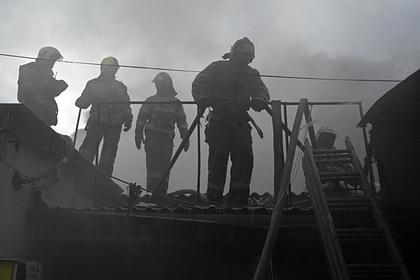 Семья с тремя детьми сгорела при пожаре в российской деревне
