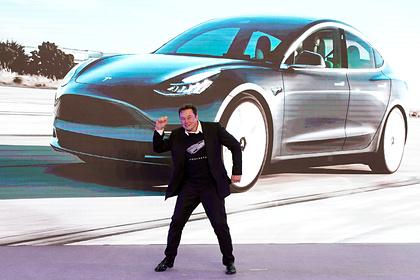 Илон Маск не смог выполнить свое обещание из-за 450 непроданных Tesla